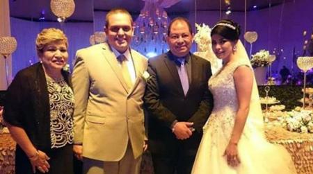 El-ministro-Carlos-Romero-fue-padrino-de-matrimonio-del-detenido-por-narcotrafico-Pablo-Ramos