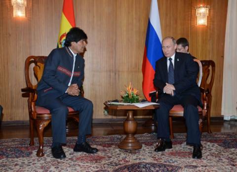 Morales-celebra-los-100-anos-de-la-revolucion-Rusa