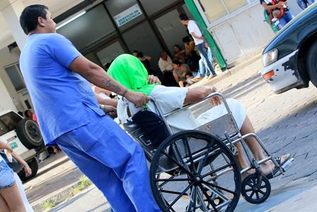 20-dias-de-paro-medico-y-mas-profesionales-se-suman-a-protestas