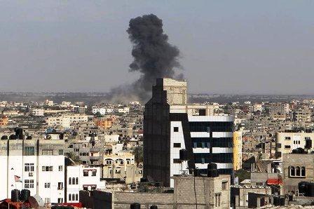 Atacan-puestos-militares-en-Gaza-