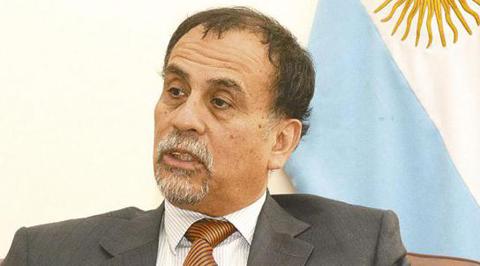 Embajador-argentino-dice-que-Bolivia-tiene-mas-exigencias-que-su-pais-para-los-inmigrantes-