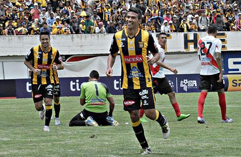 El-Tigre-continua-a-paso-firme