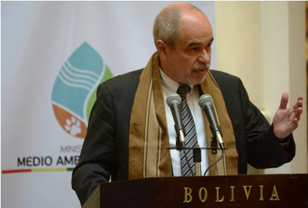 Auguran-crecimiento-economico-en-Bolivia