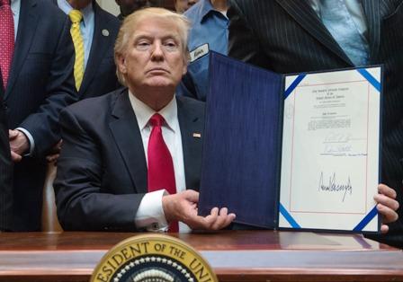Trump-renuncia-y-no-apela-a-su-polemico-decreto