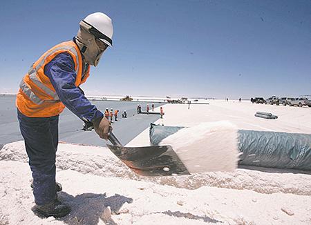 Bolivia-envia-proyecto-de-ley-para-crear-empresa-estatal-Yacimientos-del-Litio