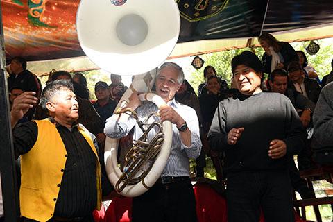 Evo-dice-que-Carnaval-de-Oruro-es-una-gran-muestra-de-riqueza-cultural