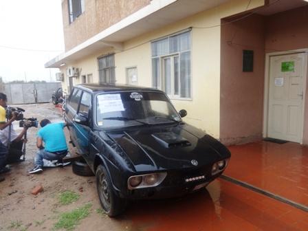 Acondicionan-una-Brasilia-vieja-para-acarrear-droga