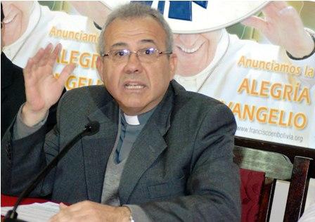 CEB. El padre José Fuentes deja en claro la posición de la Iglesia.