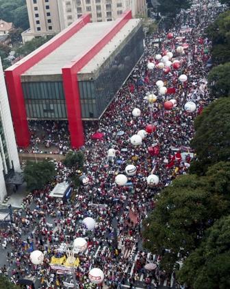 Protestas-contra-los-ajustes-de-michel-temer