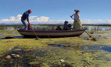 El-Titicaca-esta-cada-vez-mas-contaminado