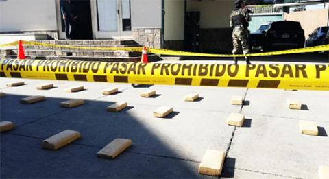 FELCN-secuestra-marihuana-valuada-en-$us-200.000-cuyo-destino-era-Chile
