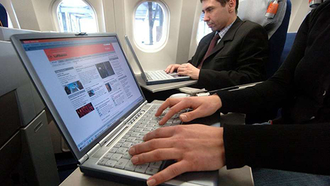 EEUU-prohibe-computadores-y-tabletas-en-vuelos-procedentes-de-Oriente-Medio