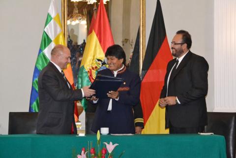 Bolivia-y-Alemania-suscriben-memorandum-de-entendimiento-para-corredor-bioceanico