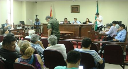 Ref. Fotografia: Medidas. El Tribunal de Sentencia ordena emitir nuevo comparendo de notificación a oficiales de la Policía.