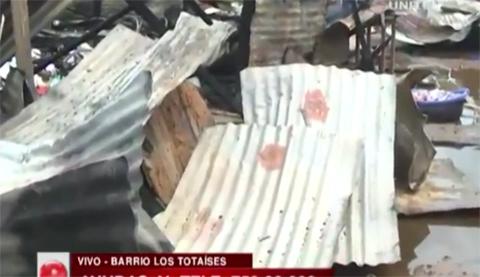 Dos-heridos-tras-el-incendio-en-una-vivienda-de-el-barrio-los-Totaises