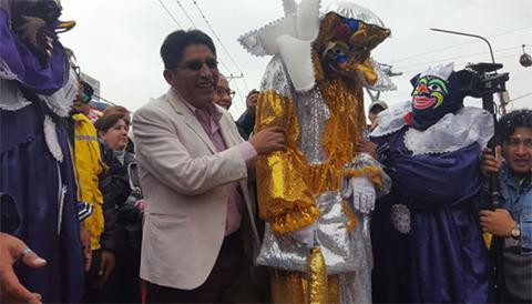 Cierran-los-festejos-del-Carnaval-con-el-entierro-del-Pepino