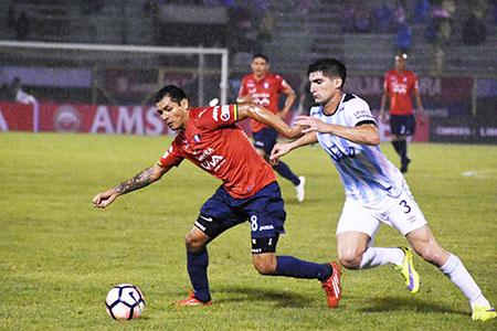 Wilster-suma-tres-puntos-importantes-de-local-en-la-Copa-Libertadores