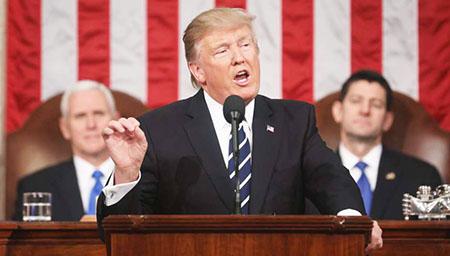 Trump-afirma-que-no-intervendra-en-Siria,-y-baja-la-tension-con-Rusia