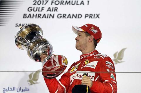 Vettel-soporta-presion-de-Hamilton-y-triunfa-en-Bahrein