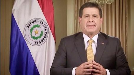 Tras-disturbios,-Cartes-desiste-de-buscar-la-reeleccion-en-Paraguay