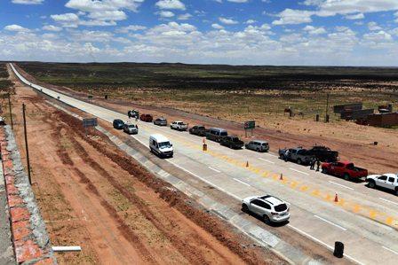 Credito-de-$us-82-MM-para-carreteras