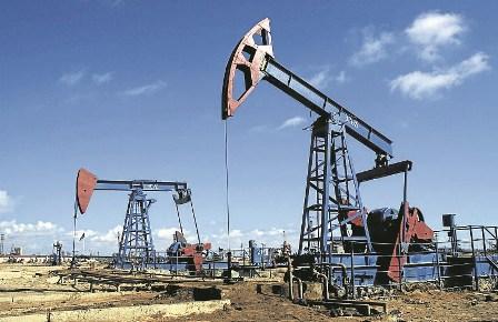 El-petroleo-intenta-estabilizarse-tras-caida
