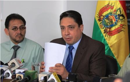 Ministro-advierte-a-Acha-si-enjuician-al-Estado