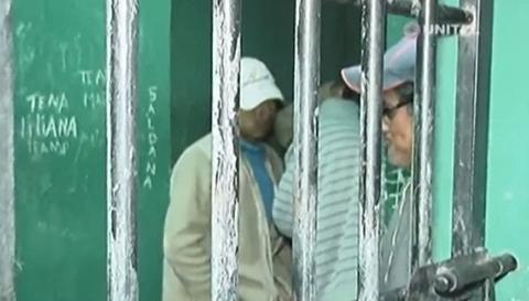 Luego-del-linchamiento,-vacian-celdas-de-San-Julian-y-trasladan-a-detenidos-a-Cuatro-Canadas