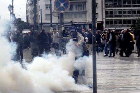 Huelga-y-protestas-en-Grecia-por-los-ajustes
