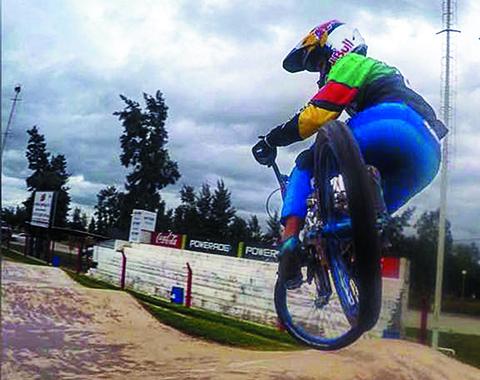 El-cruceno-Jaime-Quintanilla-fue-invitado-a-correr-en-el-campeonato-argentino