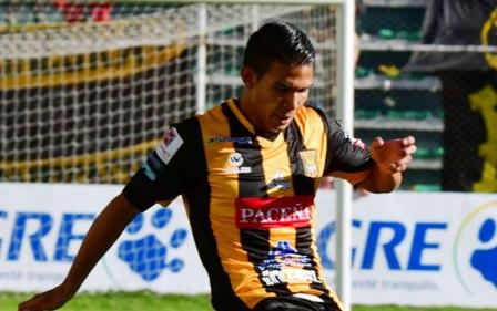 DT-Farias-confirma-un-equipo-alterno