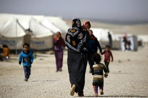 Mas-de-30-muertos-por-ataques-de-EI-contra-un-campo-de-refugiados-en-Siria-