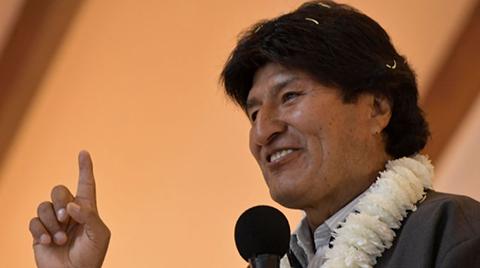 Morales-agradece-otra-vez-a-Perez-Esquivel-y-Menchu-por-apoyo-a-bolivianos-detenidos