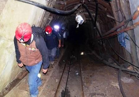 Dos-mineros-atrapados-a-1.300-Metros-en-Chile