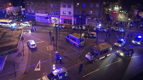 Un-muerto-y-10-heridos-en-atentado-contra-una-mezquita-de-Londres