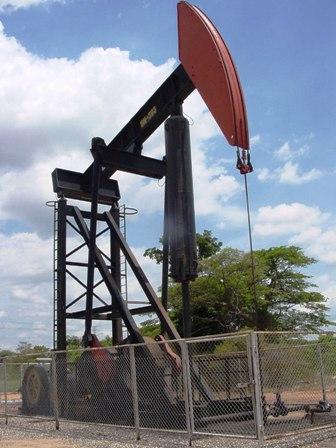 El-petroleo-Brent-cierra-en-$us-46,91