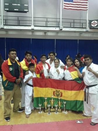 Alejandro-y-Zarate,-campeonas-en-EEUU