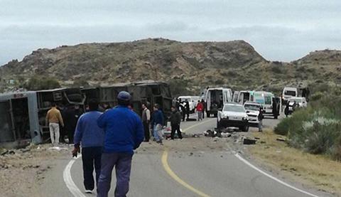 Al-menos-15-muertos-en-accidente-de-autobus-en-Argentina