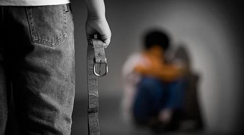 Arrestan-al-padre-y-la-madrastra-de-un-nino-de-6-anos-que-fue-victima-de-una-brutal-golpiza
