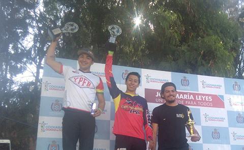 El-cruceno-Jaime-Quintanilla-se-corono-campeon-nacional-de-Bicicross