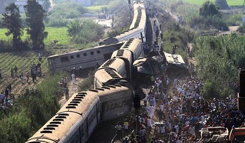 Choque-de-trenes-en-Egipto-deja-43-muertos,-122-heridos