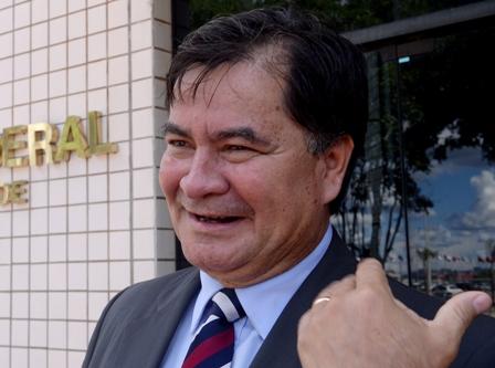 Fallece-exsenador-Roger-Pinto