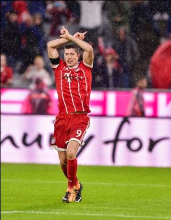 Bayern-Munich-con-el-pie-derecho