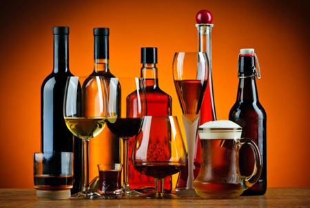 Advierten-que-algunas-bebidas-pueden-producir-ceguera