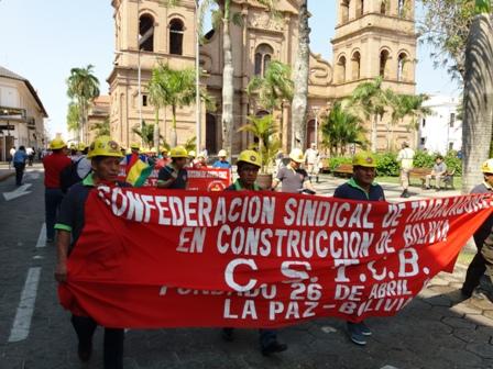 Trabajadores-de-la-construccion-piden-que-no-suba-el-cemento
