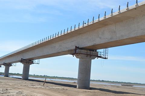 Manana-inauguran-el-puente-Banegas,-el-mas-largo-de-Bolivia