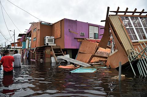Huracan-Maria-devasta-Puerto-Rico-y-deja-32-muertos-en-el-Caribe