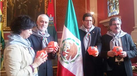 Lanzan-campana--Mexico-Vive--con-1.000-alcancias-