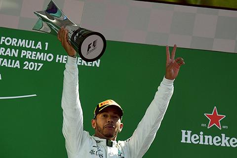 Lewis-Hamilton-gana-el-GP-de-Italia-y-es-nuevo-lider-del-Mundial