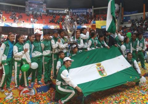 Santa-Cruz-campeon-de-la-sexta-version-de-los-juegos-estudiantiles-del-nivel-primario